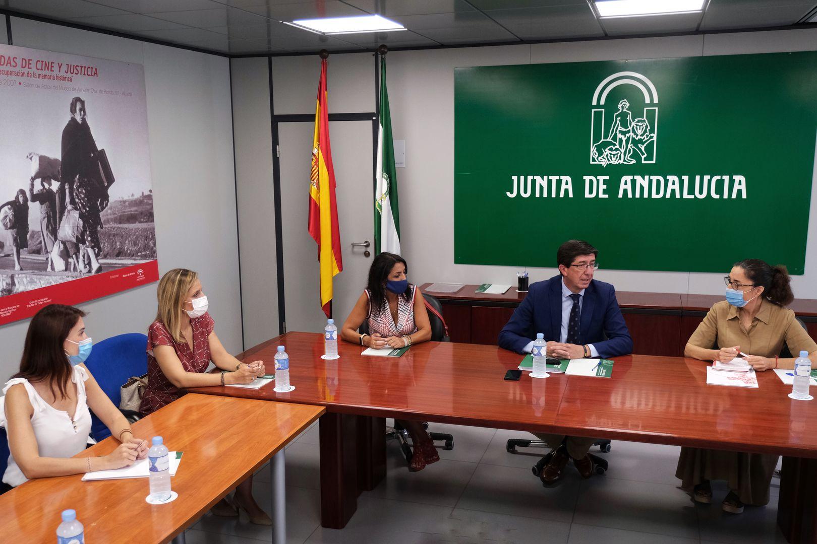 Reunión Cruz Roja Almería 2