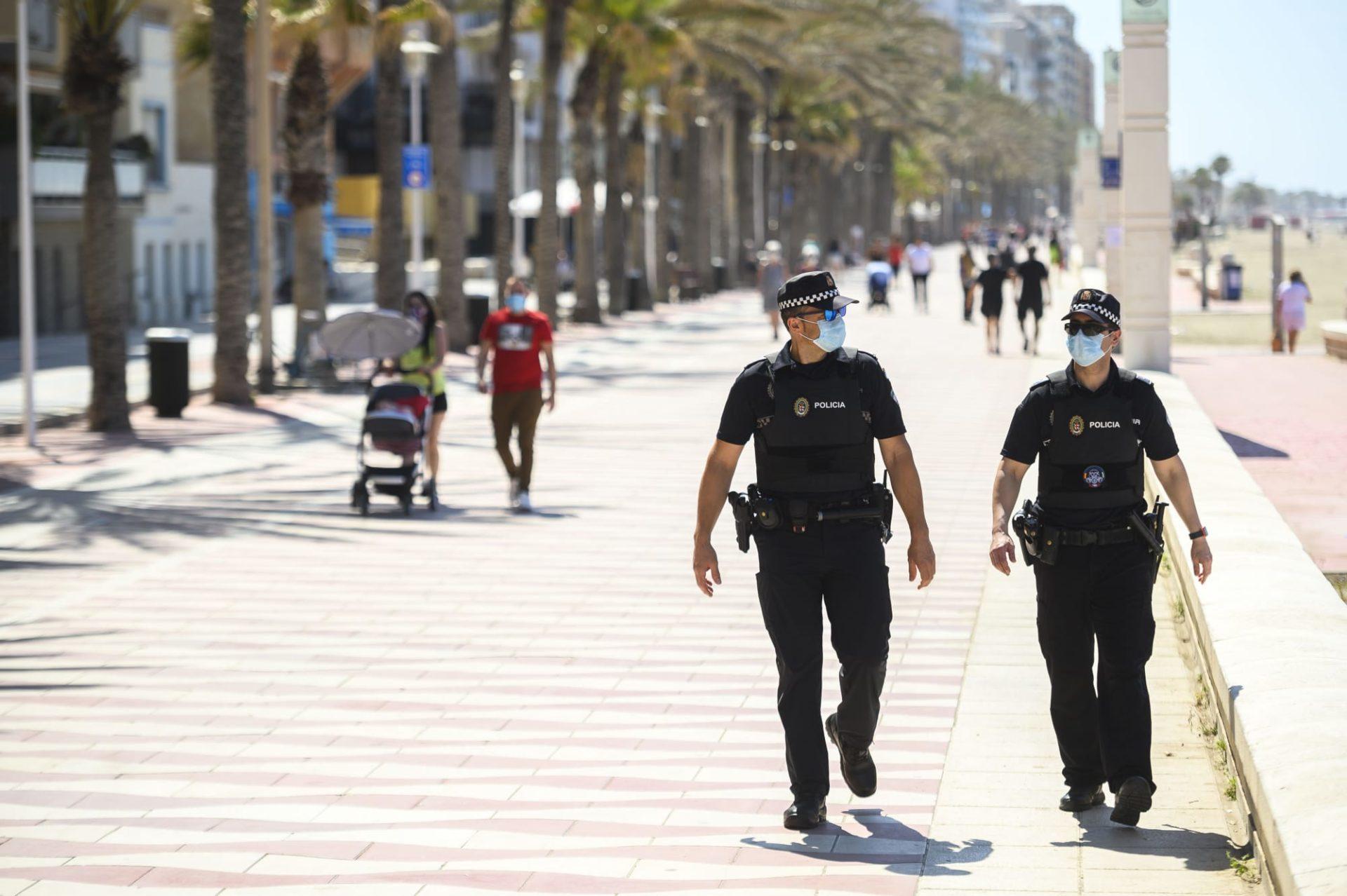 La capital refuerza su Policía Local contra el #Covid19
