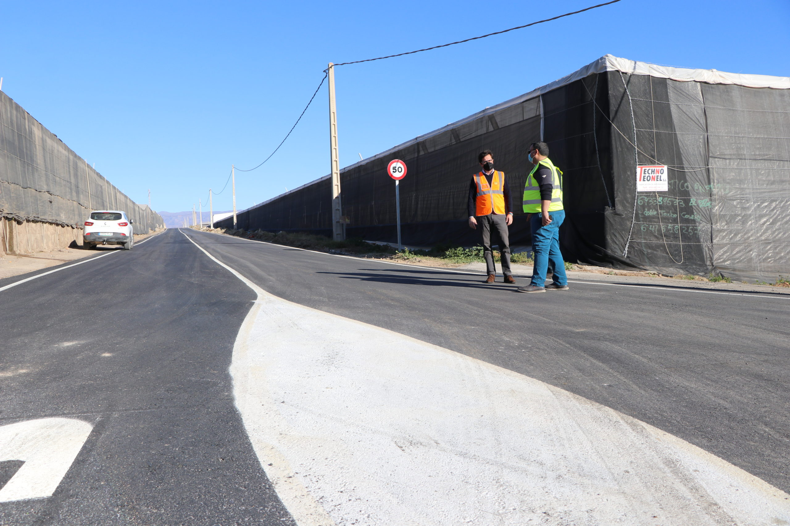 El Ayuntamiento de El Ejido refuerza el plan de limpieza del campo