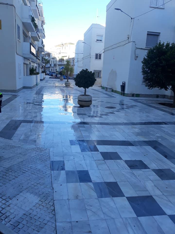 Macael continúa con las labores de desinfección de calles y plazas del municipio