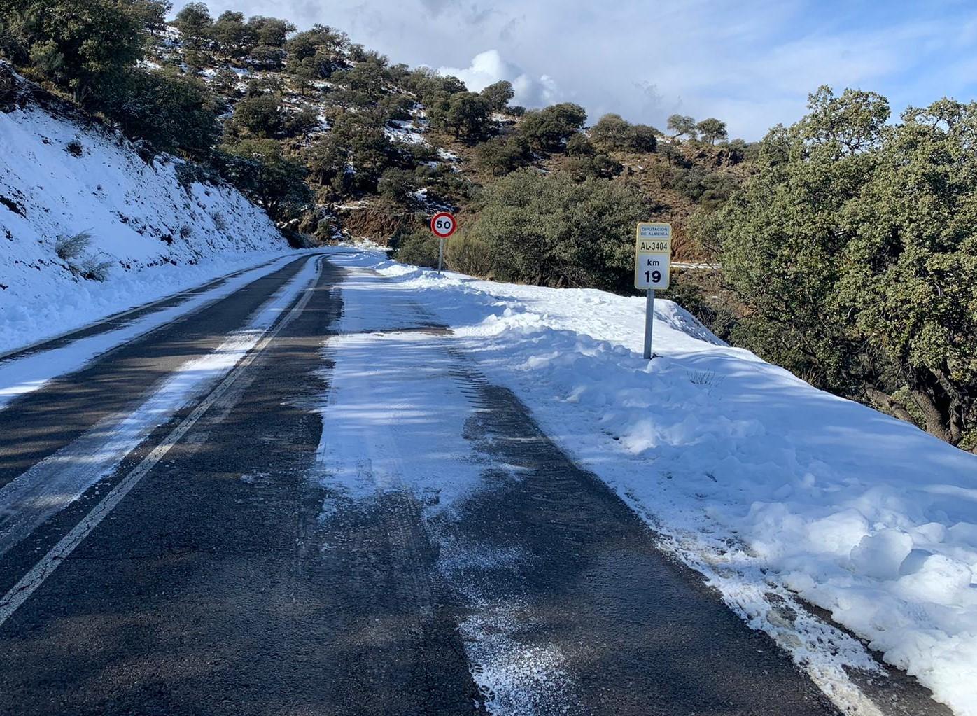 Solo tres puertos de montaña de la Red Viaria Provincial permanecen cerrados por el temporal