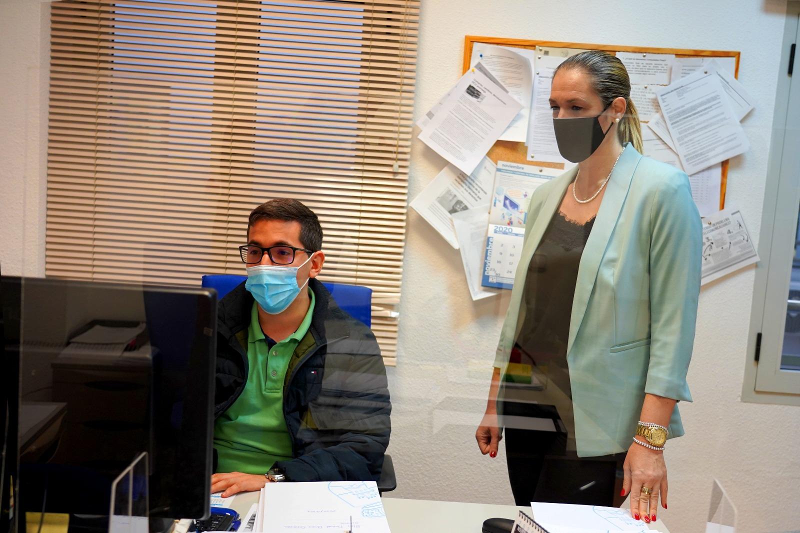 campaña sobre compras online seguras en Roquetas