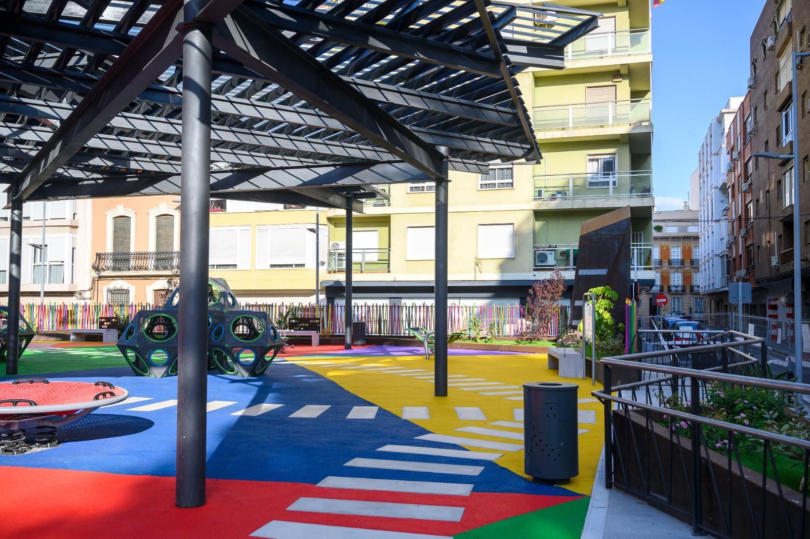 El Ayuntamiento prorroga un año más el contrato de conservación y mantenimiento de las áreas infantiles y biosaludables
