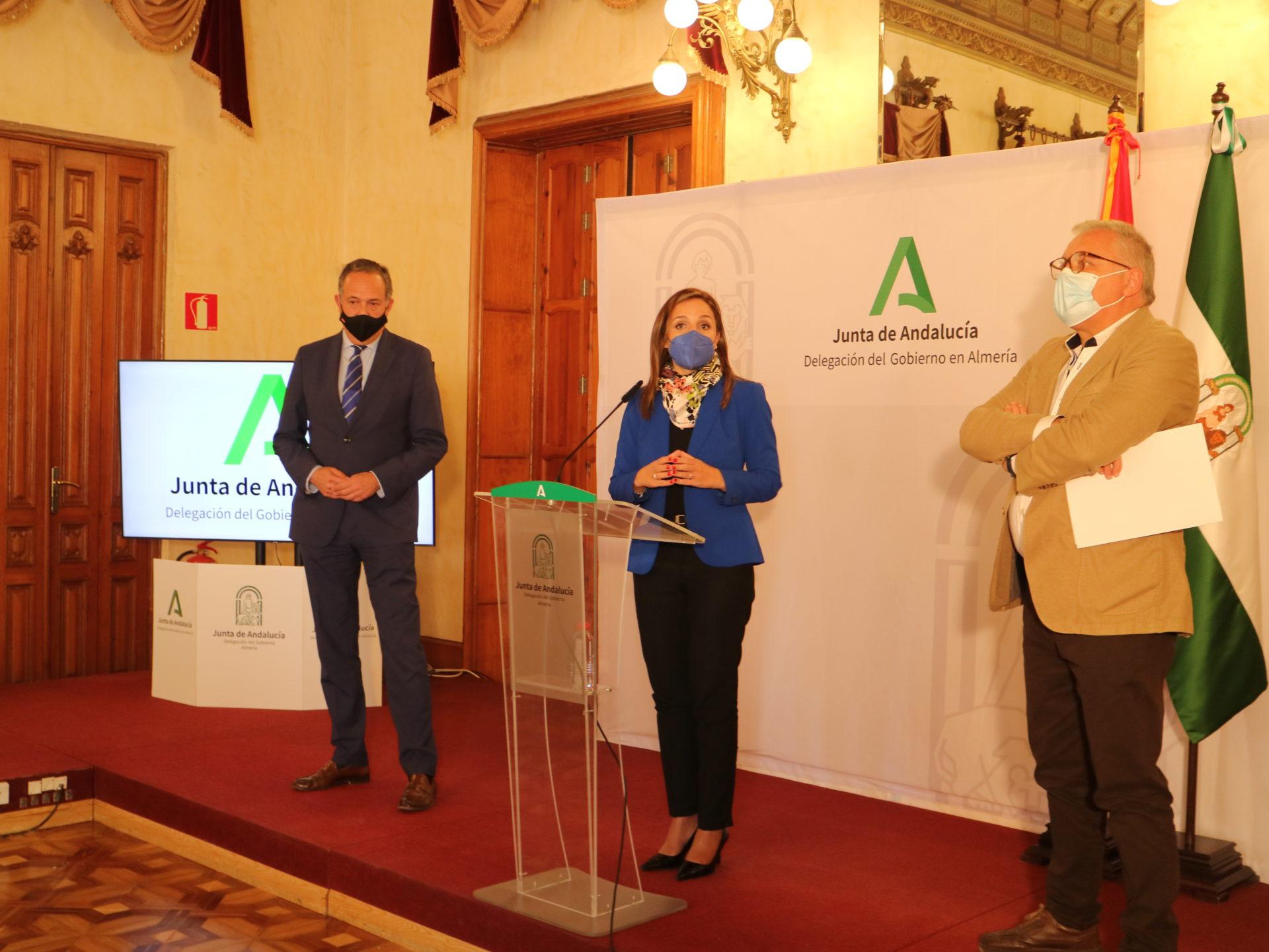 El Gobierno andaluz presenta el Plan de Ayudas que tiene como prioridad el mantenimiento del empleo en Almería