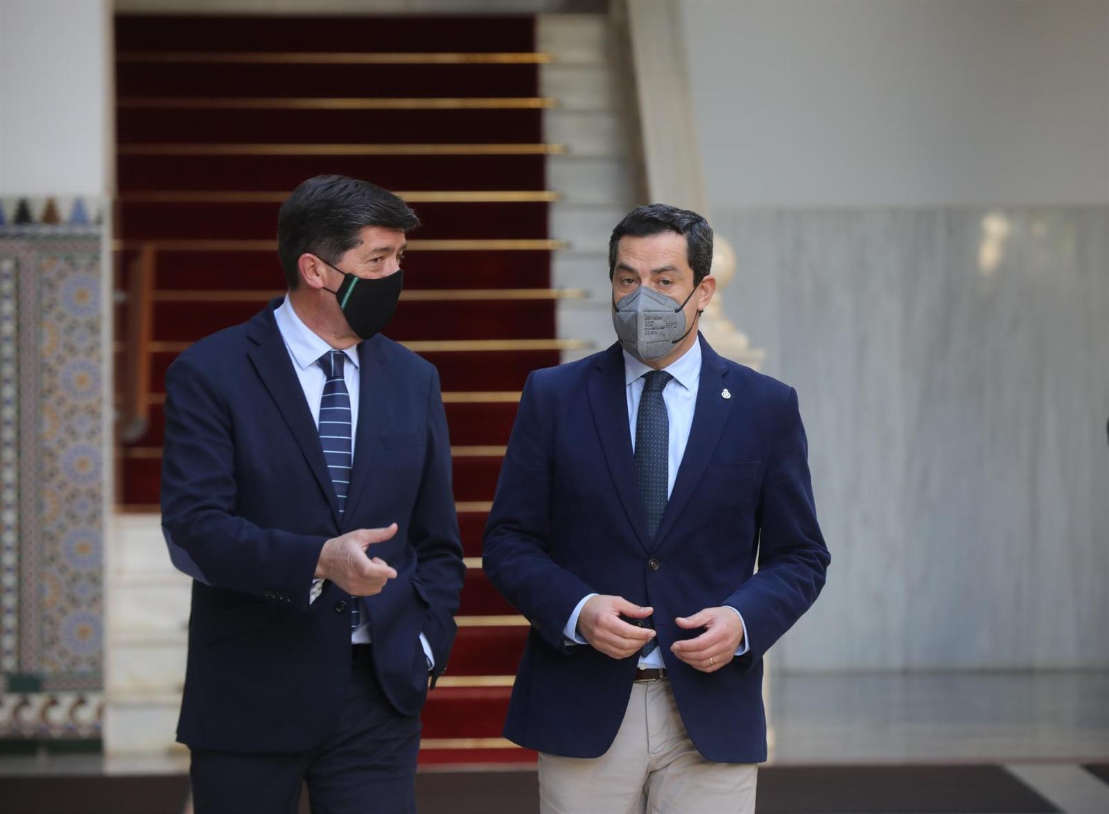 Moreno y Marín escenifican unidad frente a Murcia y Madrid: El Gobierno andaluz es sólido y agotará la legislatura
