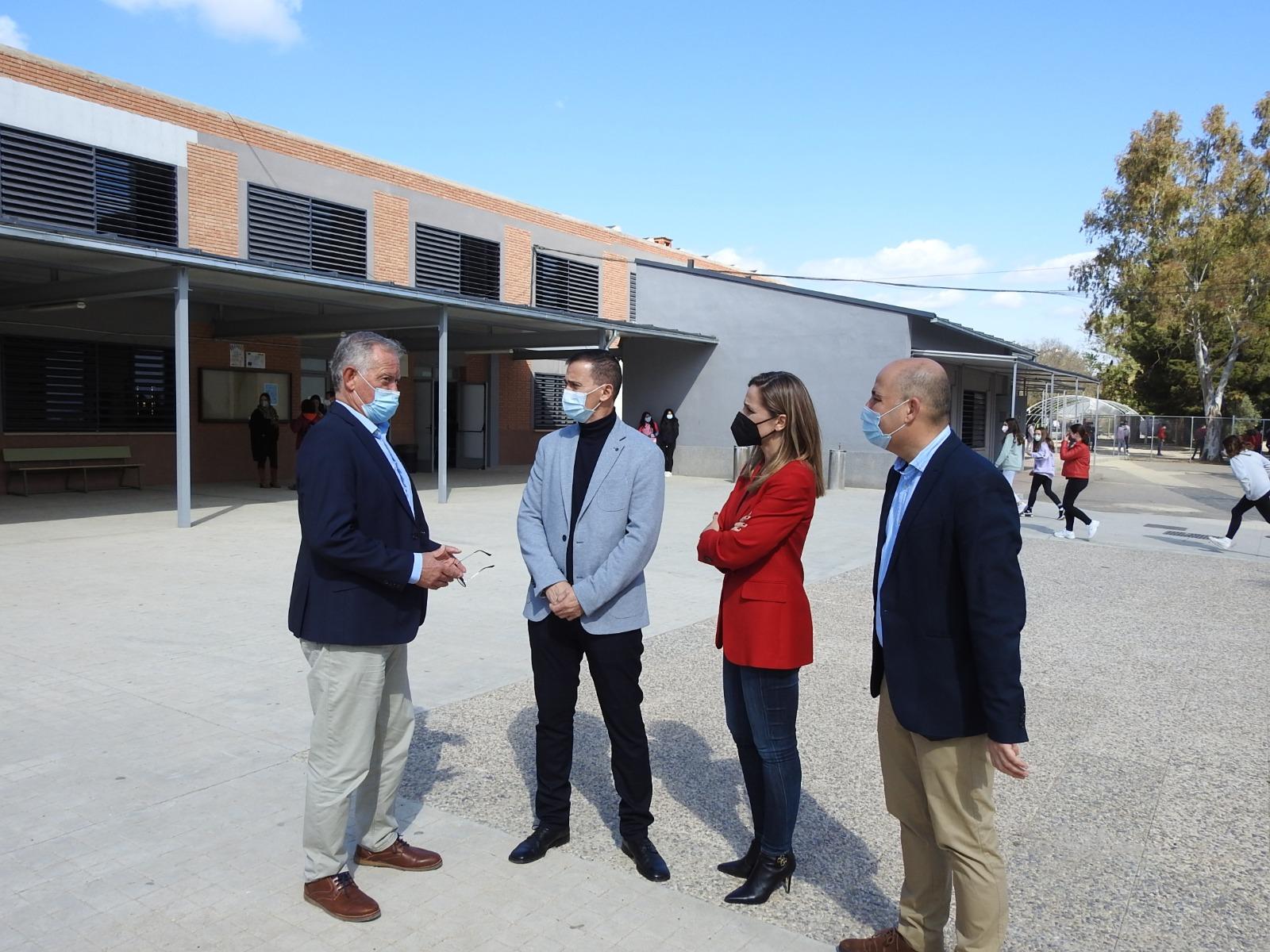 Torregrosa destaca la apuesta del Gobierno andaluz por la mejora de las infraestructuras educativas en Huércal Overa