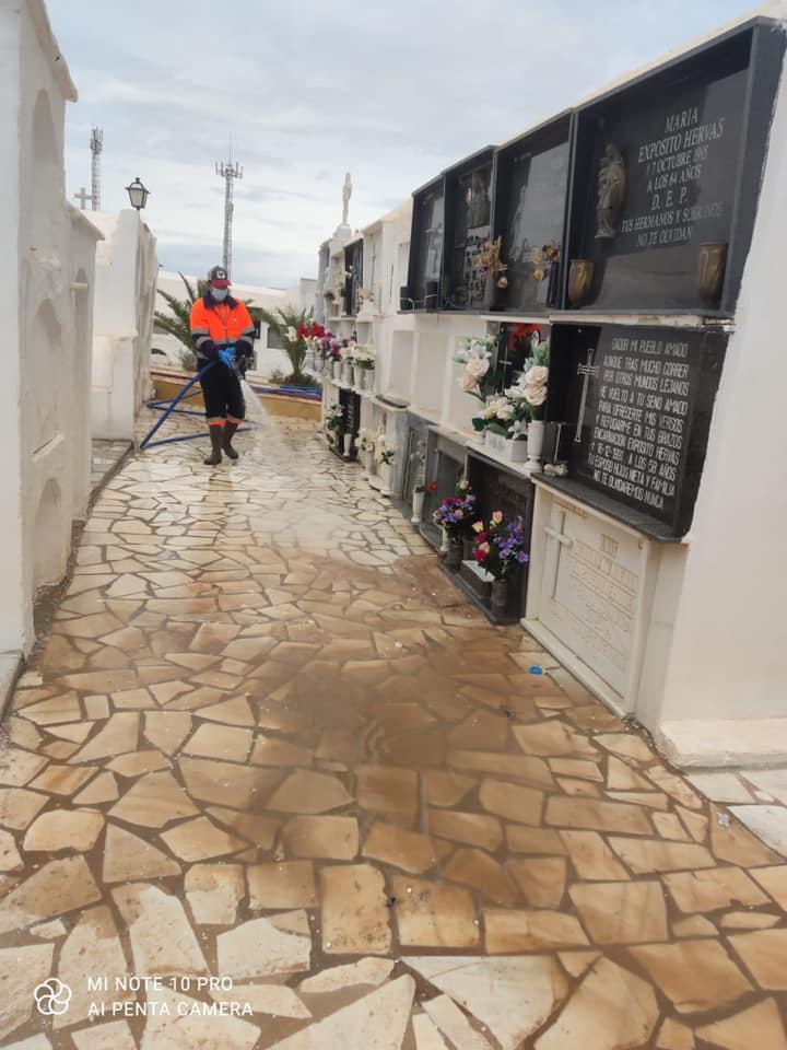El Ayuntamiento de Gádor mantiene su compromiso con la limpieza del municipio