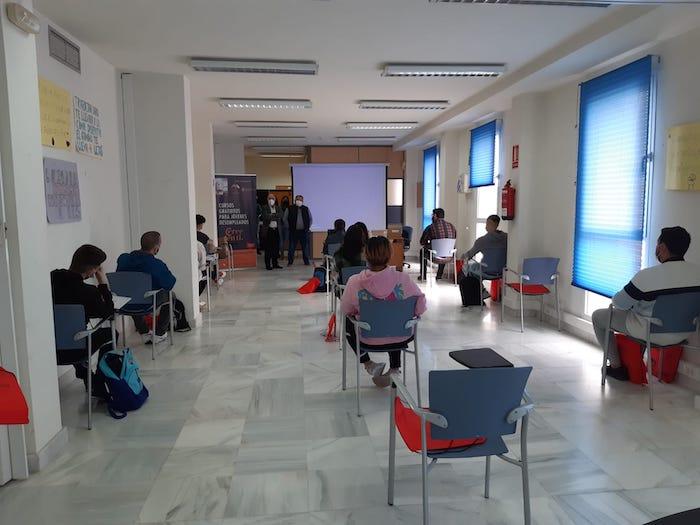 Jóvenes desempleados del Valle del Almanzora inician el Curso de Instalaciones eléctricas