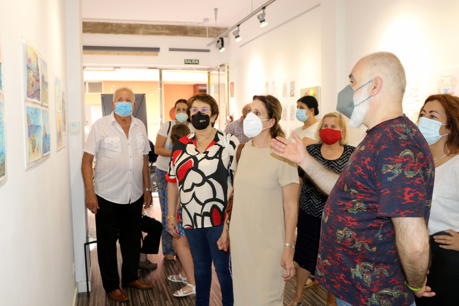 210608 Exposición 'Mayores con arte' de Cruz Roja en El Ejido