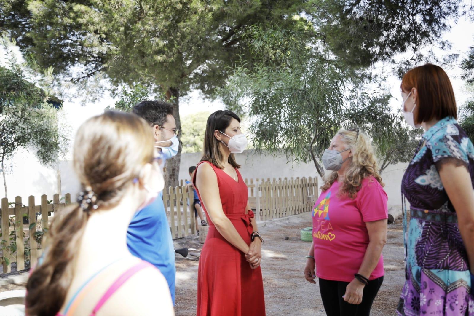 La Escuela de Verano Inclusiva de ALTEA forma a 20 monitores y atiende a 40 niños con el apoyo Diputación