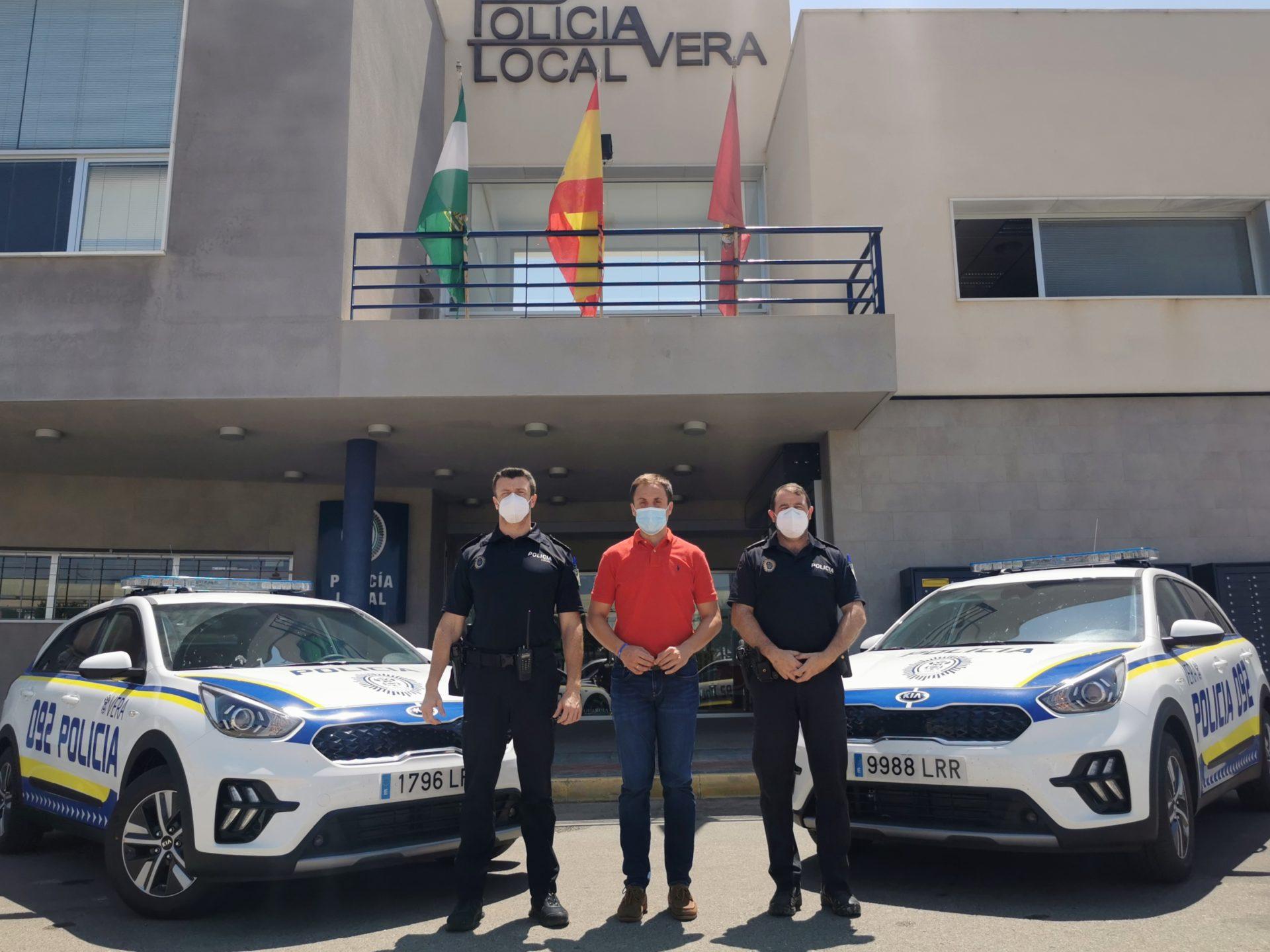 El Ayuntamiento de Vera adquiere dos nuevos vehículos para la Policía Local