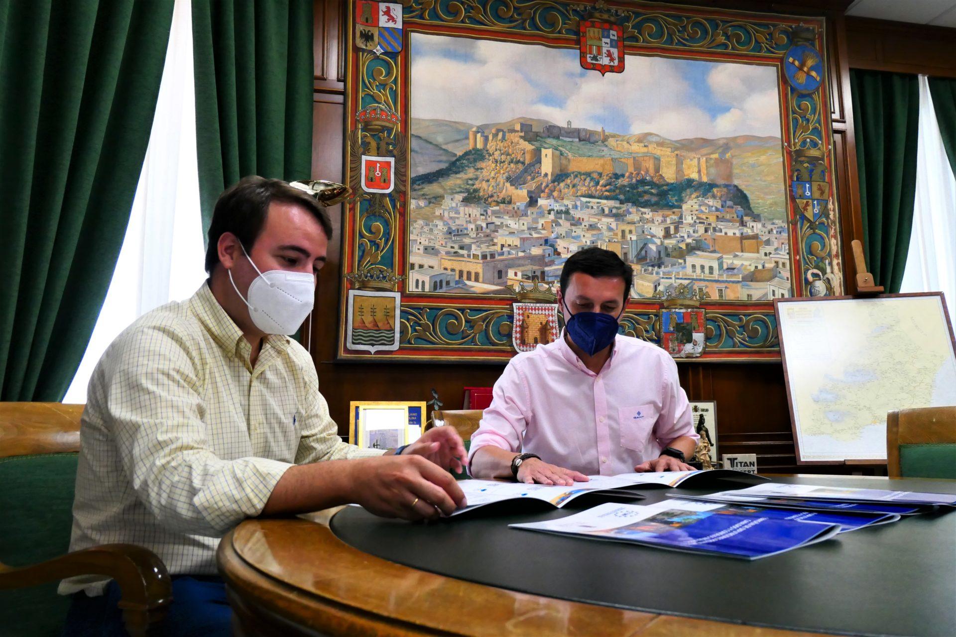 La Comisión de Diputaciones, Cabildos y Consejos Insulares de la FEMP celebra una reunión histórica en Almería