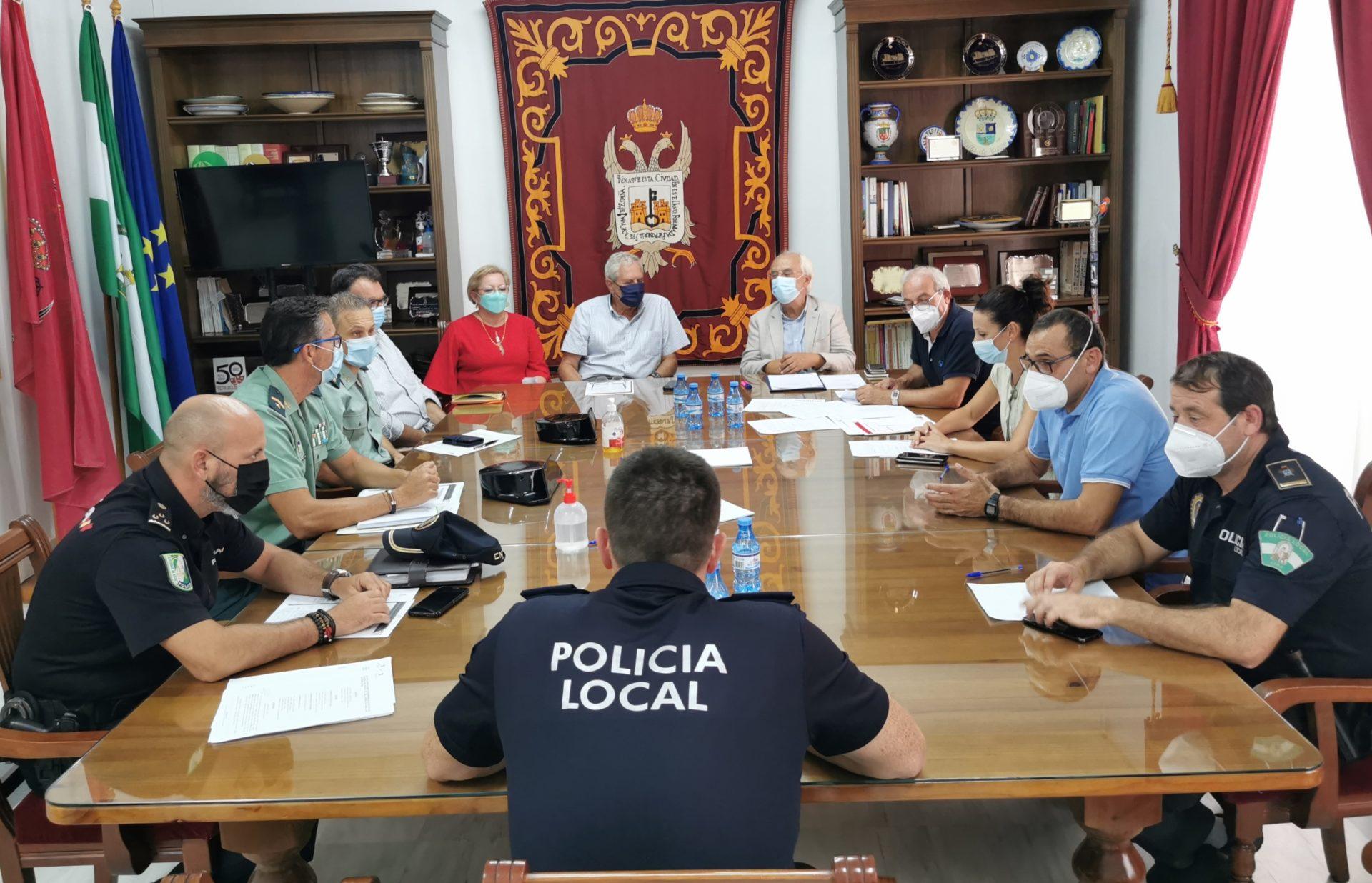 La Junta Local de Seguridad en Vera se reúne para coordinar el dispositivo de las fiestas patronales de San Cleofás